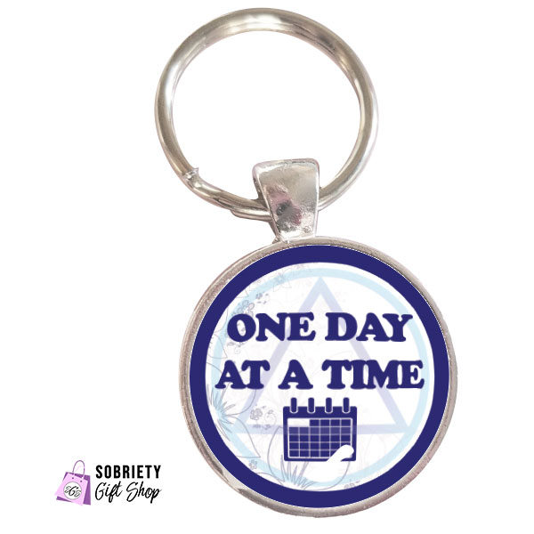 Keychain with AA Slogan: One Day At A Time - classic blue design
